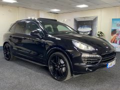 PORSCHE CAYENNE D V8 S TIPTRONIC S +  £21350 WORTH OF EXTRAS + PORSCHE WARRANTY + IMMACULATE +  - 1675 - 1