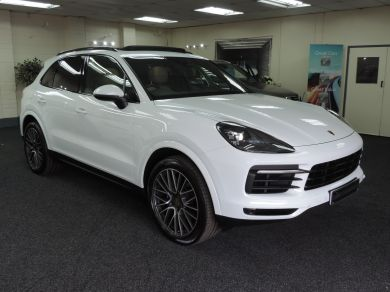 Used PORSCHE CAYENNE in Cardiff for sale