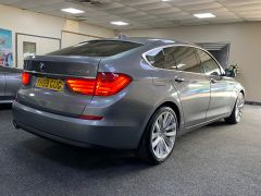 BMW 5 SERIES 530D SE GRAN TURISMO + OYSTER LEATHER + PAN ROOF + BIG SPEC + BUY ONLINE + FREE DELIVERY +  - 1616 - 10