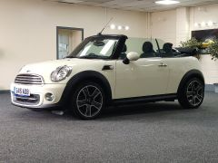 MINI CONVERTIBLE COOPER + ALLOYS + ELECTRIC ROOF + DAB + - 1438 - 5