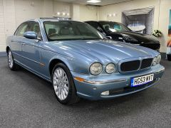 JAGUAR XJ V6 SE + CREAM LEATHER + FULL SERVICE HISTORY + IMMACULATE +  - 1531 - 3