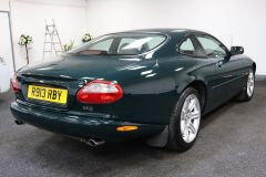 JAGUAR XK8 V8 COUPE 4.0 + 1 PREVIOUS KEEPER + IMMACULATE +  - 1900 - 12
