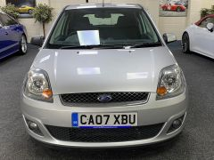 FORD FIESTA ZETEC CLIMATE  + LOW MILES + VERY CLEAN +  - 1500 - 5