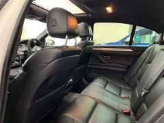 BMW 5 SERIES M5 + NAV + HEAD UP + LEATHER + ELECTRIC ROOF + - 1392 - 24