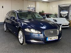 JAGUAR XF D V6 PREMIUM LUXURY SPORTBRAKE + CREAM LEATHER + SUNROOF +  - 1590 - 4