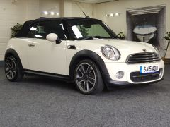 MINI CONVERTIBLE COOPER + ALLOYS + ELECTRIC ROOF + DAB + - 1438 - 9