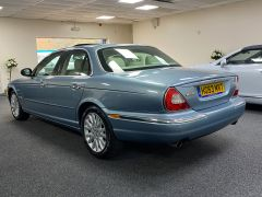 JAGUAR XJ V6 SE + CREAM LEATHER + FULL SERVICE HISTORY + IMMACULATE +  - 1531 - 8