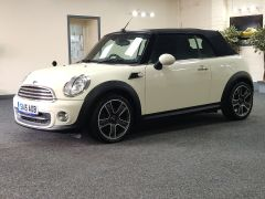 MINI CONVERTIBLE COOPER + ALLOYS + ELECTRIC ROOF + DAB + - 1438 - 10