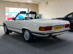 MERCEDES SL 280 SL R107 . + VERY NICE EXAMPLE +  - 1609 - 7
