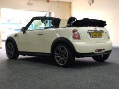 MINI CONVERTIBLE COOPER + ALLOYS + ELECTRIC ROOF + DAB + - 1438 - 6