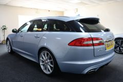 JAGUAR XF D V6 S PREMIUM LUXURY SPORTBRAKE + IMMACULATE + LOW MILES + BIG SPECIFICATION + ALEUTIAN SILVER + - 1714 - 7