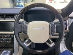 LAND ROVER RANGE ROVER SDV8 AUTOBIOGRAPHY + WHITE WITH CREAM + BIG SPEC +  - 1664 - 30