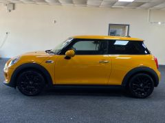 MINI HATCH ONE + IMMACULATE + LOW MILES +  - 1698 - 8