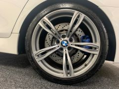 BMW 5 SERIES M5 + NAV + HEAD UP + LEATHER + ELECTRIC ROOF + - 1392 - 16