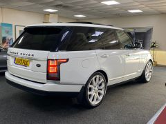 LAND ROVER RANGE ROVER SDV8 AUTOBIOGRAPHY + WHITE WITH CREAM + BIG SPEC +  - 1664 - 9