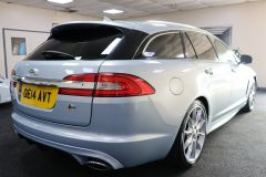 JAGUAR XF D V6 S PREMIUM LUXURY SPORTBRAKE + IMMACULATE + LOW MILES + BIG SPECIFICATION + ALEUTIAN SILVER + - 1714 - 9