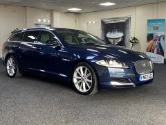 JAGUAR XF D V6 PREMIUM LUXURY SPORTBRAKE + CREAM LEATHER + SUNROOF +  - 1590 - 1