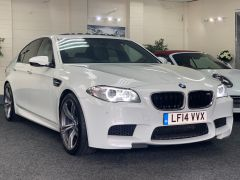 BMW 5 SERIES M5 + NAV + HEAD UP + LEATHER + ELECTRIC ROOF + - 1392 - 4