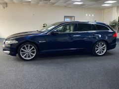 JAGUAR XF D V6 PREMIUM LUXURY SPORTBRAKE + CREAM LEATHER + SUNROOF +  - 1590 - 7