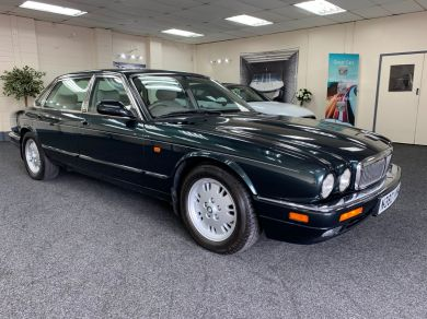Used JAGUAR XJ in Cardiff for sale