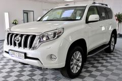 TOYOTA LAND CRUISER D-4D ICON + 1 OWNER + CREAM LEATHER + PRISTINE +  - 1919 - 5