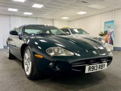 JAGUAR XK8 V8 COUPE 4.0 + 1 PREVIOUS KEEPER + IMMACULATE +  - 1900 - 1
