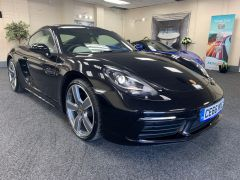 PORSCHE 718 CAYMAN + 2 TONE LEATHER + CRUISE CONTROL + CLIMATE - 1164 - 5