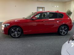 BMW 1 SERIES 116I SPORT + IMMACULATE + LOW MILES + 1 PREVIOUS OWNER +  - 1697 - 5