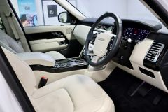 LAND ROVER RANGE ROVER TDV6 VOGUE + GLASS ROOF + IVORY LEATHER + 22 INCH ALLOYS +  - 1786 - 2