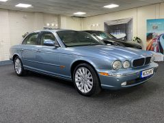 JAGUAR XJ V6 SE + CREAM LEATHER + FULL SERVICE HISTORY + IMMACULATE +  - 1531 - 1
