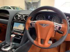 BENTLEY CONTINENTAL GT + MULLINER DRIVING SPEC + TAN SADDLE NEWMARKET HIDE + STUNNING + - 1353 - 26