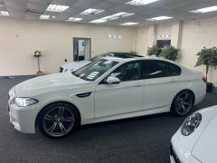 BMW 5 SERIES M5 + NAV + HEAD UP + LEATHER + ELECTRIC ROOF + - 1392 - 7