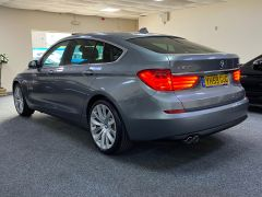 BMW 5 SERIES 530D SE GRAN TURISMO + OYSTER LEATHER + PAN ROOF + BIG SPEC + BUY ONLINE + FREE DELIVERY +  - 1616 - 8