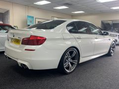 BMW 5 SERIES M5 + NAV + HEAD UP + LEATHER + ELECTRIC ROOF + - 1392 - 10