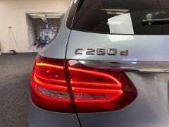 MERCEDES C-CLASS C250 D AMG LINE PREMIUM PLUS + GLASS PAN ROOF + BIG SPEC + FREE DELIVERY + BUY ONLINE + - 1651 - 13