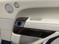 LAND ROVER RANGE ROVER SDV8 AUTOBIOGRAPHY + WHITE WITH CREAM + BIG SPEC +  - 1664 - 19