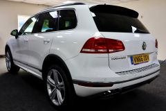VOLKSWAGEN TOUAREG V6 R-LINE PLUS TDI BLUEMOTION TECHNOLOGY+ 1 OWNER FROM NEW + ST TROPEZ NAPPA LEATHER + IMMACULATE + WHITE LEATHER +  - 1713 - 7