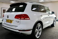 VOLKSWAGEN TOUAREG V6 R-LINE PLUS TDI BLUEMOTION TECHNOLOGY+ 1 OWNER FROM NEW + ST TROPEZ NAPPA LEATHER + IMMACULATE + WHITE LEATHER +  - 1713 - 9